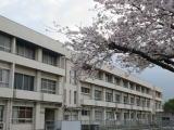 須恵小学校