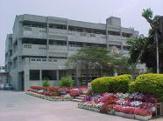 石田中学校