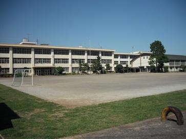 八王子市立第十小学校の画像1