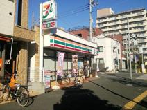 セブンイレブン 足立青井駅前店