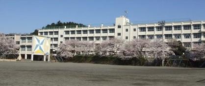八王子市立由木中央小学校の画像1
