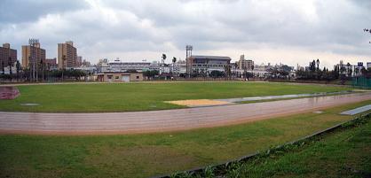 奥武山陸上競技場の画像1