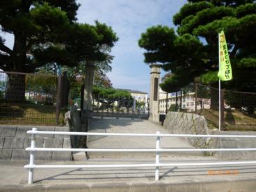大矢知興譲小学校の画像1