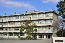 海老名市立柏ケ谷中学校
