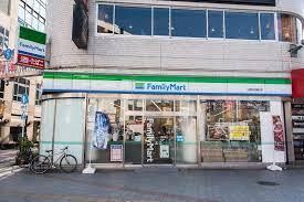 ファミリーマート 上野中通り店の画像