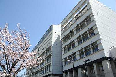 尼崎市立尼崎高等学校の画像1