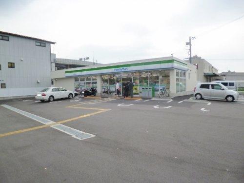ファミリーマート竹田松林町店の画像