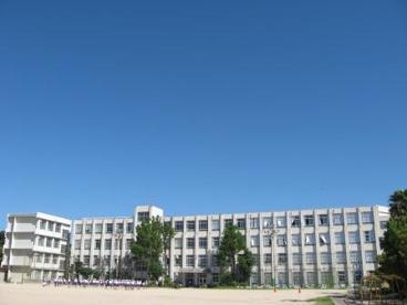 尼崎市立 武庫北小学校の画像1