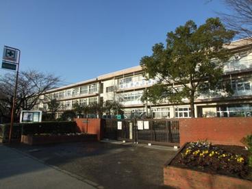 習志野市立第三中学校の画像1