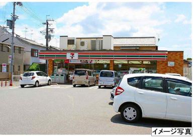 セブンイレブン 昭和工業団地店の画像3