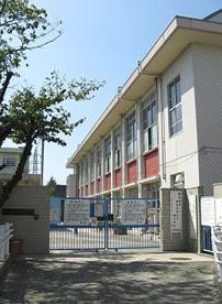尼崎市立園和北小学校の画像1