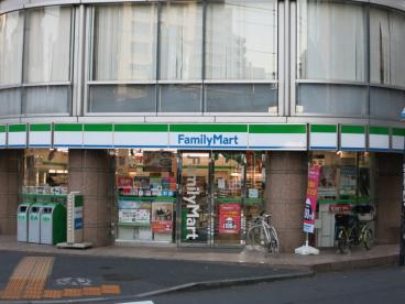 ファミリーマート富ヶ谷1丁目店の画像1