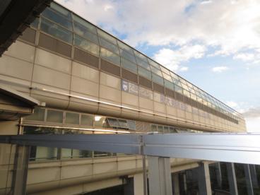 大阪モノレール彩都線 阪大病院前駅の画像2