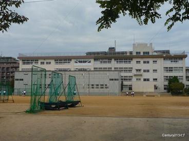 宝塚市立 長尾中学校の画像2