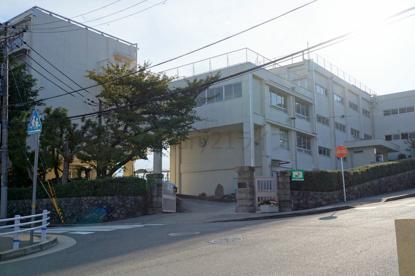 宝塚市立 宝梅中学校の画像3