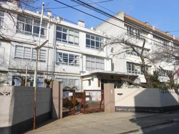 川崎市立住吉中学校の画像1