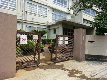 川崎市立住吉中学校の画像2