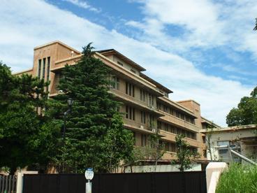 千葉大学亥鼻校舎(正門)の画像1