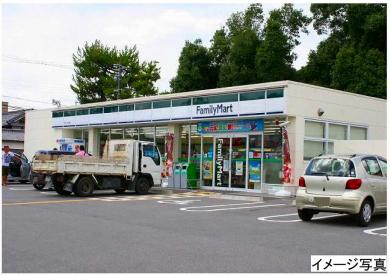 ファミリーマート 郡山小泉口店の画像1
