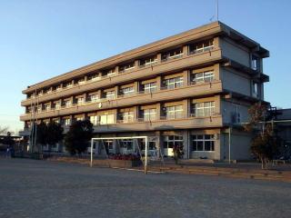 飯山満中学校の画像1