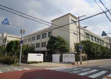 大阪市立 新森小路小学校の画像1