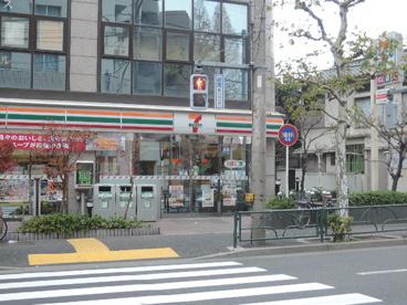 セブンイレブン 荒川5丁目店の画像1