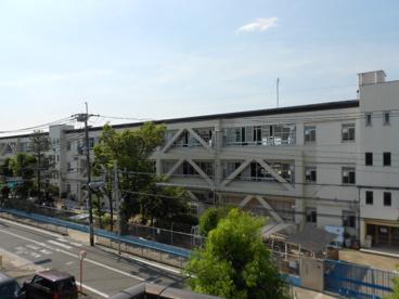 寝屋川市立 神田小学校の画像2