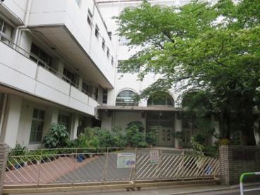 文京区立 湯島小学校の画像2