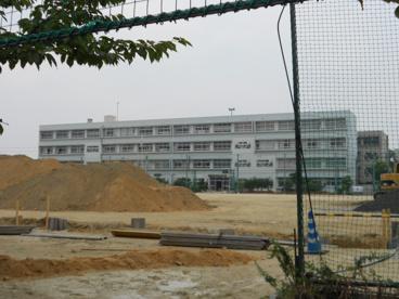 寝屋川市立第五中学校の画像2