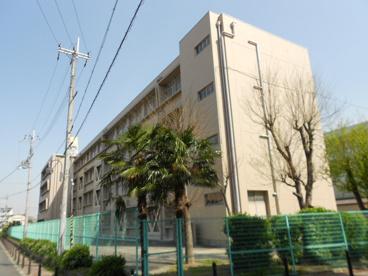 寝屋川市立第五中学校の画像4