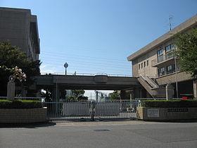 大阪府立 大冠高等学校の画像1