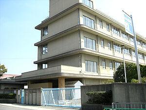 茨木市立 東奈良小学校の画像1
