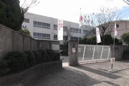 茨木市立 白川小学校の画像1
