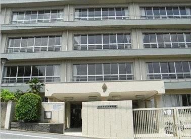 茨木市立 西中学校の画像1