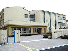 茨木市立 彩都西中学校の画像1