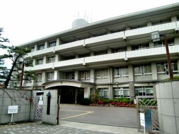 大阪府立 春日丘高等学校の画像1
