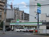 ファミリーマート岡山東島田店