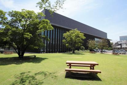 岡山県立図書館の画像1