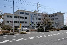 富雄中学校の画像1