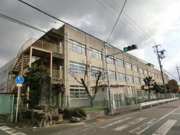 東大阪市立 花園小学校の画像2