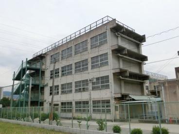 玉川中学校の画像1