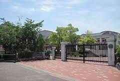 有野中学校の画像1