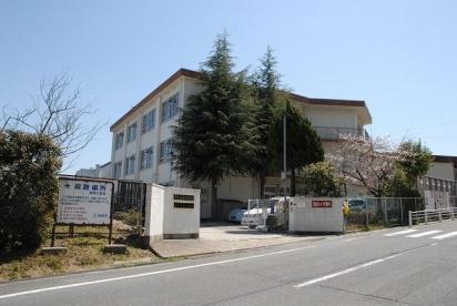 奈良市立 鳥見小学校の画像1