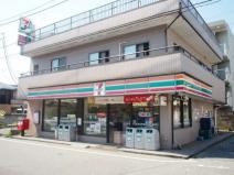 セブンイレブン千葉本町店