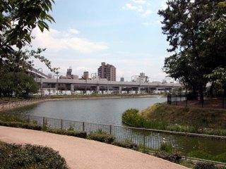 桃ヶ池公園の画像1