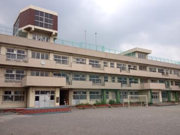 市川市立 中山小学校の画像1