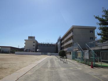 岡山市立 芳泉小学校の画像1