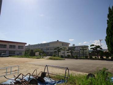 倉敷市立 西阿知小学校の画像2