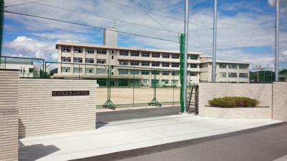 岡山市立 東山中学校の画像1
