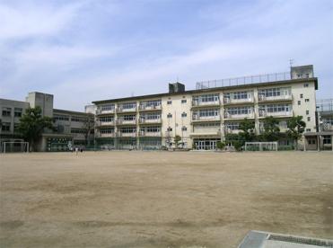 池田市立 北豊島小学校の画像1